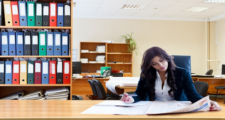 Bạn sẽ phân vân giữa vai trò là một doanh nhân hay văn nhân